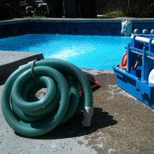 10-Pool-Maintenance-7