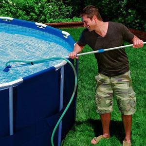 10-Pool-Maintenance-12