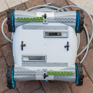 What-is-a-Robotic-Pool-Cleaner-4